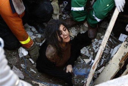 Un membre de la famille Abdel Aal sauvé des décomb