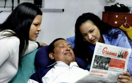 Hugo Chavez entouré de ses filles
