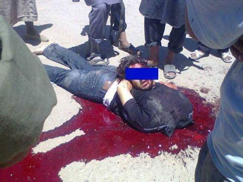 Le corps décapité  du sergent Joseph Abdin