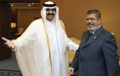 L'ex émir du Qatar et Mohamed Morsi