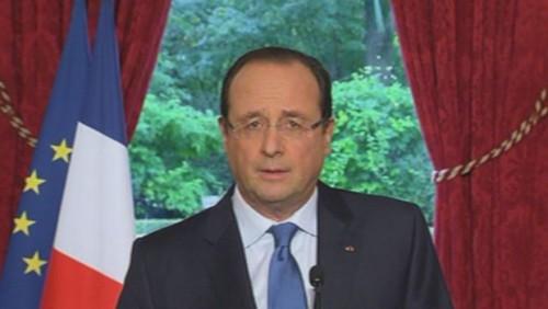 Hollande, cet après-midi, à l'Elysée/capture d'écran TF1