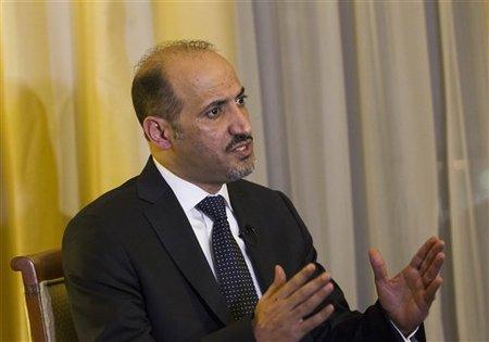 Ahmad al-Jarba au Caire, hier, 27 nov. 2013