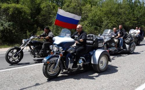 Vladimir Poutine en biker