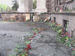 Gerbes de fleurs/Maison des syndicats/Crédits photo/Alexandre Sivov