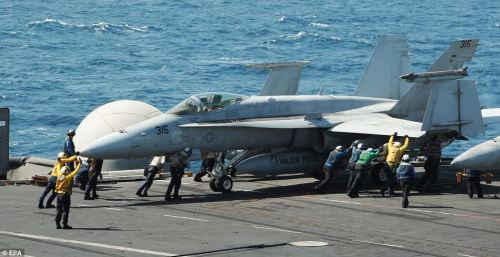 Avion de combat F/A-18 C Hornet