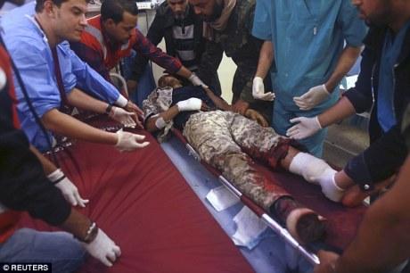 CHAOS. Libye : après une attaque des islamistes, le principal port pétrolier en feu