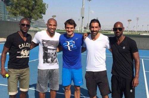 Eric Abidal, Thierry Henry, Roger Federer, Robert Pires et Nicolas Anelka
