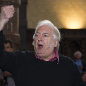 Bernard-Henri Levy entarté par Noël Godin, alias Le Gloupier, à Namur - ANTHONY DEHEZ - BELGA