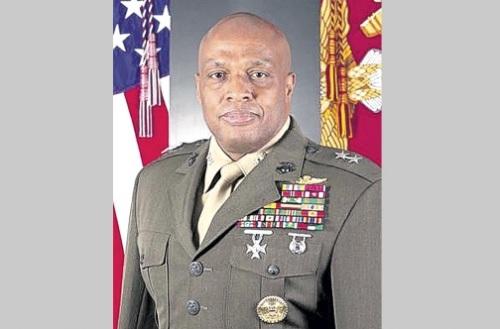 Le Major général Vincent R. Stewart