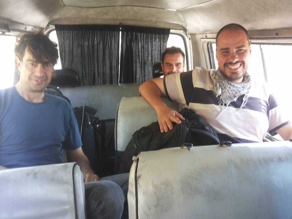 José Manuel López, Ángel Sastre et Antonio Pampliega, en Siria. / Facebook de Usama Ajjan